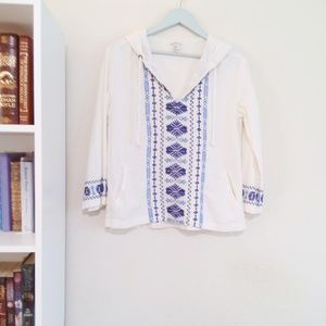Porcelain White and Blue Embroidered Tunic Blouse